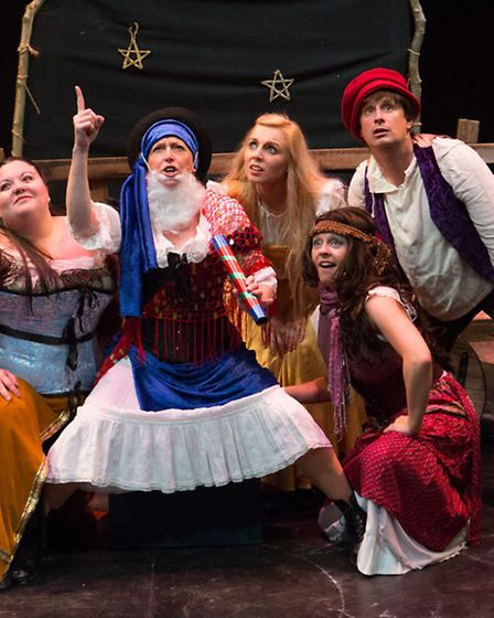 Galileo at the New Wolsey Theatre by the Gallery Players