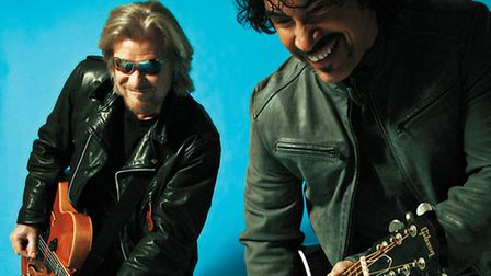 Daryl Hall and John Oates. Photo by Mick Rock