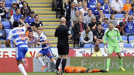 Reading 1 Ipswich Town 0 - David McGoldrick is left grounded as Jake Taylor runs off to celebrate hi