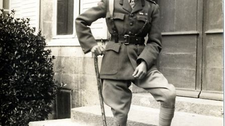 Edward, Prince of Wales, joined the Grenadier Guards in 1914. He witnessed trench warfare in the Fir