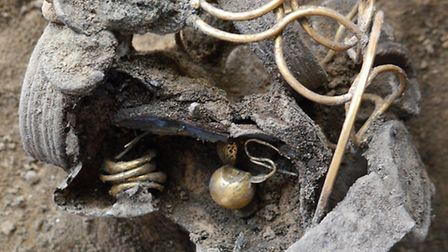 A wealthy Roman woman's jewellery collection has been found during excavations at the Williams & Gri