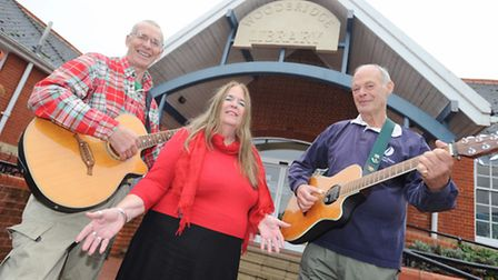 Preview to folk three-piece Triangle's performance of Songs of War and Peace at Woodbridge Library.