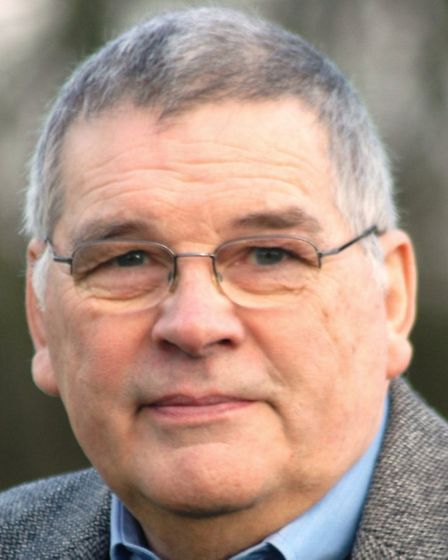 Dr Andy Mason, who this week retired from SARS after more than 40 years of voluntary service as an e
