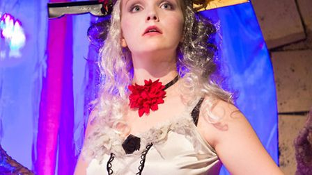 The Tinder Box, adapted by Julian Harries & Pat Whymark, Common Ground theatre company's Christmas S