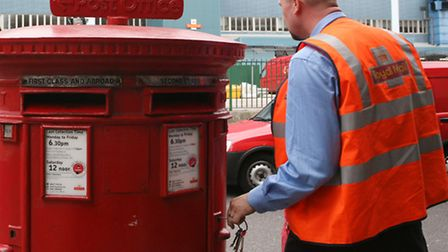 Regulator Ofcom says it will not impose new conditions on Royal Mail's direct-delivery competitors a