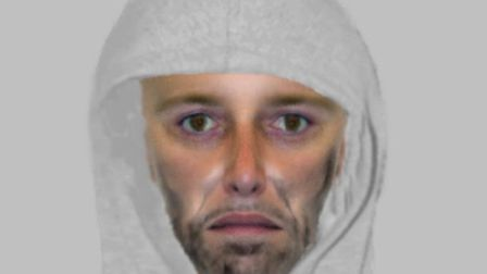 Efit issued after delivery driver robbed in Ebony Close, Colchester, on December 13 2014