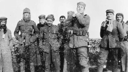 German soldiers from the 134th Saxon Regiment and British soldiers of the Royal Warwickshire Regimen