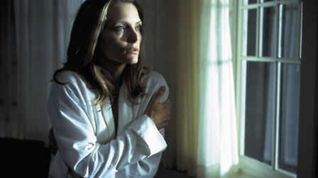 Michelle Pfeiffer as Claire Spencer in the thriller What Lies Beneath which managed to give away the
