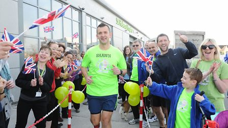 Shawn Leek is running 7 marathons in 7 days, ending with the London Marathon, to raise funds for St