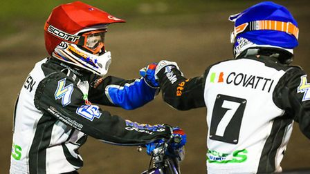 Stefan Nielsen (left) and Nico Covatti congratulate each other after a 5-1 in heat eight