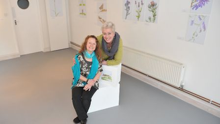 Jules Mclean opens her new exhibition at The Ephemeral Gallery in Saxmundham. L-R Jules Mclean with