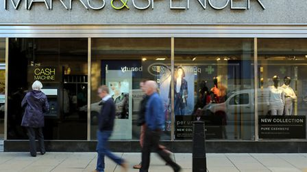 Marks & Spencer has reported its first rise in profits for four years, with a 6.1% increase to �661.