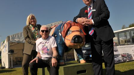 Unveiling of the pig for the Pigs Gone Wild campaign. L-R Leigh Hemmings, Norman Lloyd, and show p