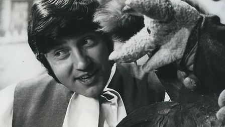 Jimmy Tarbuck with Basil Brush in 1969