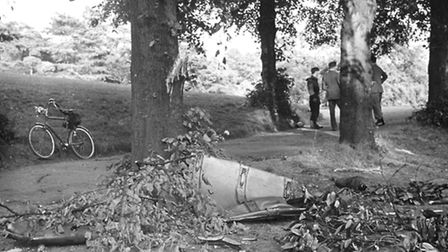 Wreckage of the aircraft near the Myrtle Road gate of Holywells Park, Ipswich in 1949.