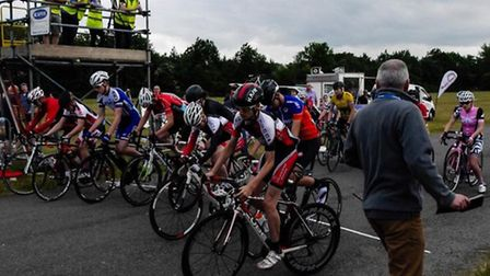 The start of the Youth A race