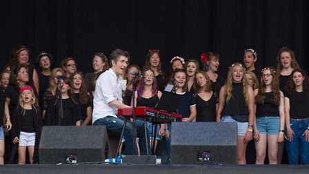 Gareth Malone & the Latitude Orchestra opened up the main stage on a beautiful Sunday morning at Lat