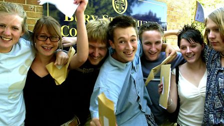 EADT NEWS - A-LEVELS COUNTY UPPER SCHOOL, BURY The A Team: Seven of the record breaking eight stu