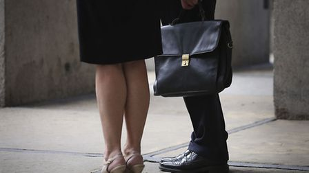 A new report shows that the gender pay gap in management is widening.