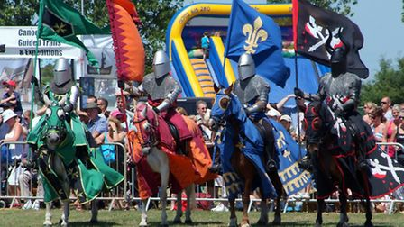 The Robin Hood Country Show will feature a jousting display.