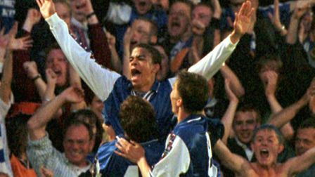 Kieron Dyer celebrates scoring his injury-time goal that made it 3-2 to Ipswich levelled the tie at
