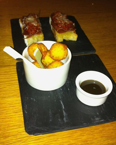 EADT Food Review, The Bildeston Crown - Serrano ham toasts and hash browns