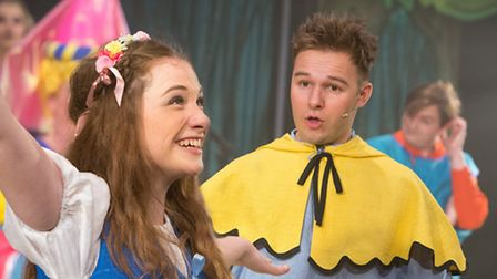 Lucy Wells as Guinevere and Sandy Grigelis as Sprout in The Sword in The Stone, New Wolsey Theatre