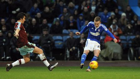 Freddie Sears cuts inside and fires off another first half shot at Burnley