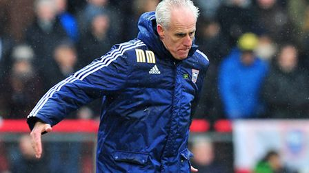 Mick McCarthy, Manager of Ipswich Town shouts instructions Bristol City v Ipswich Town