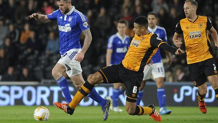 Curtis Davies tries to get the ball from Daryl Murphy