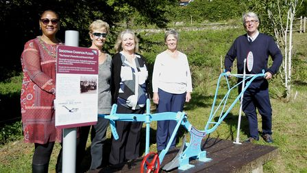 Diss Mayor Sonia Browne with members of the Young family, Sally Thynnes, Jane Benham, Anne Johnson a