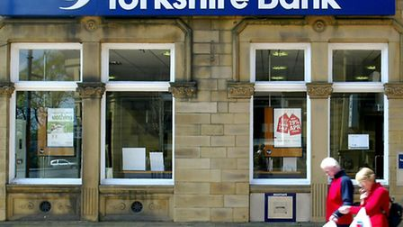 Clydesdale and Yorkshire Bank has pressed ahead with its �1.6billion flotation.