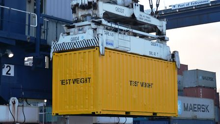 The Port of Felixstowe is to offer a container-weighing service to exporters.