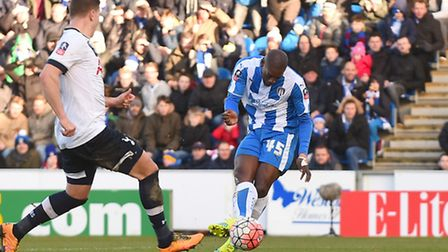 Marvin Sordell wastes a great chance to halve the deficit with only the Tottenham goalkeeper, Michel