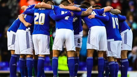 Ipswich Town players link-up before the Ipswich Town v Preston North End