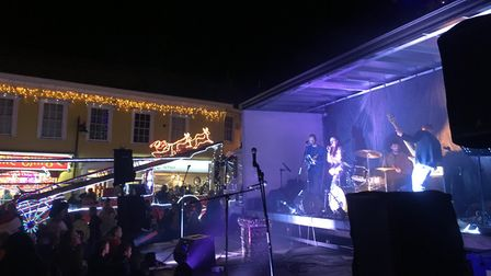 Groovapolitan entertaining the crowds at Diss as the Christmas Lights were officially switched on in