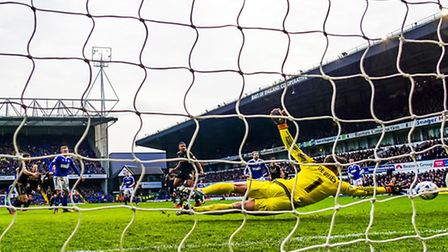 Ben Pringle (partly hidden) beats Nottingham Forest keeper Dorus de Vries to score the only goal in