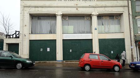 Picture by Andrew Partridge Thursday 06 January 2010 The old Co-op building, Kingsway, Dovercourt.