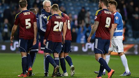 Ipswich Town boss Mick McCarthy speaks to his players after defeat at QPR. Photo: PAGEPIX LTD