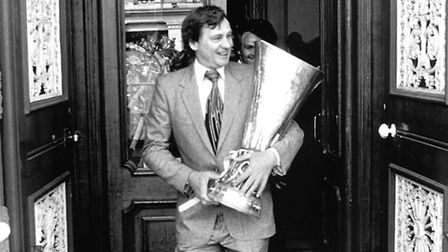 This video takes a look at Sir Bobby Robson's final season in charge of Ipswich