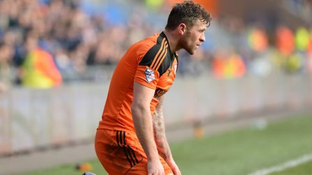 Daryl Murphy loses out at Cardiff during the second half