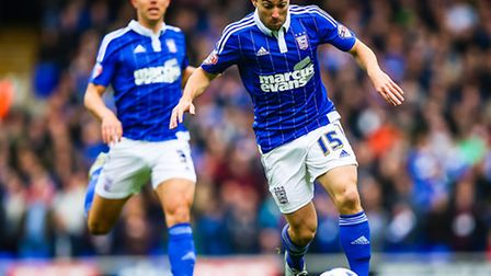 Tommy Oar on the ball during the Ipswich Town v Huddersfield Town (Championship) match at Portman R