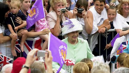 EADT/EDP NEWS The Queen meeting the crowds on the Angel Hill in Bury St Edmunds yesterday PICT