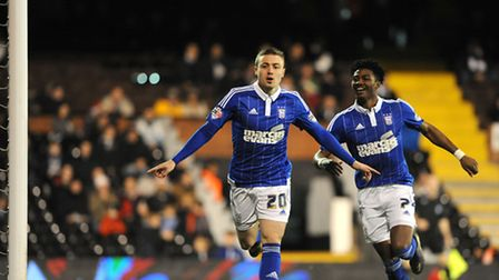 freddie sears icelebrates scoring in the first minute at fulham last night