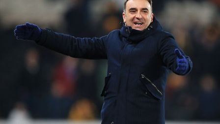 Sheffield Wednesday manager Carlos Carvalhal during the Sky Bet Championship match at the KC Stadium