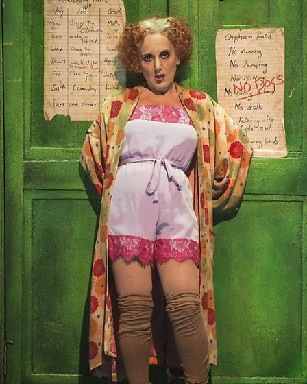 The original Broadway production of Annie opened in 1977 and was turned into a film in 1982. Lesley
