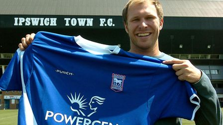 Sam Parkin signs for Ipswich Town from Swindon.