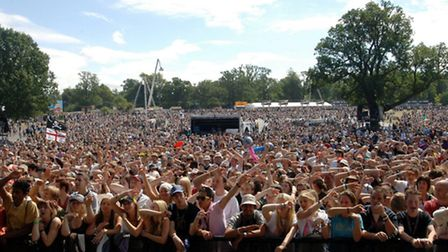 Crowds at the main stage of the V Festival at Hylands Park in Chelmsford, Essex. Steve Parsons/PA.