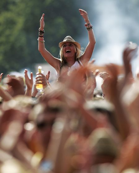 The crowd at the V Festival at Hylands Park, Chelmsford, Essex. PRESS ASSOCIATION Photo. Picture dat