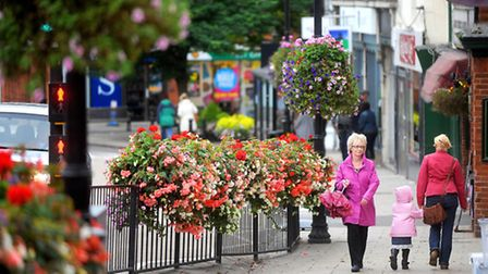 Halstead in bloom as they are crowned overall winners at Anglia in Bloom awards 2016